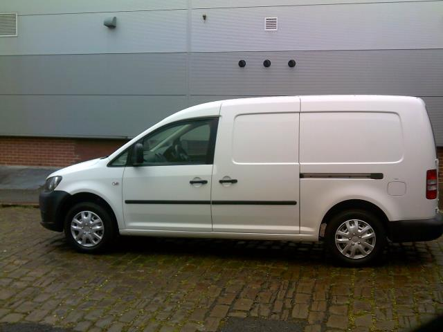2014 Volkswagen Caddy Maxi 1.6 102PS STARTLINE EURO 5 (NL14XND) Image 6
