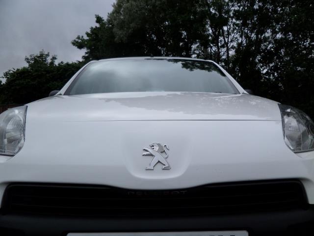 2014 Peugeot Partner L1 850 S 1.6 92PS (SLD) EURO 5 (NU64XMY) Image 17