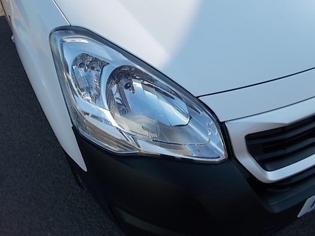 2015 Peugeot Partner L1 850 S 1.6 92PS (SLD) EURO 5 (NU65XAX) Image 23
