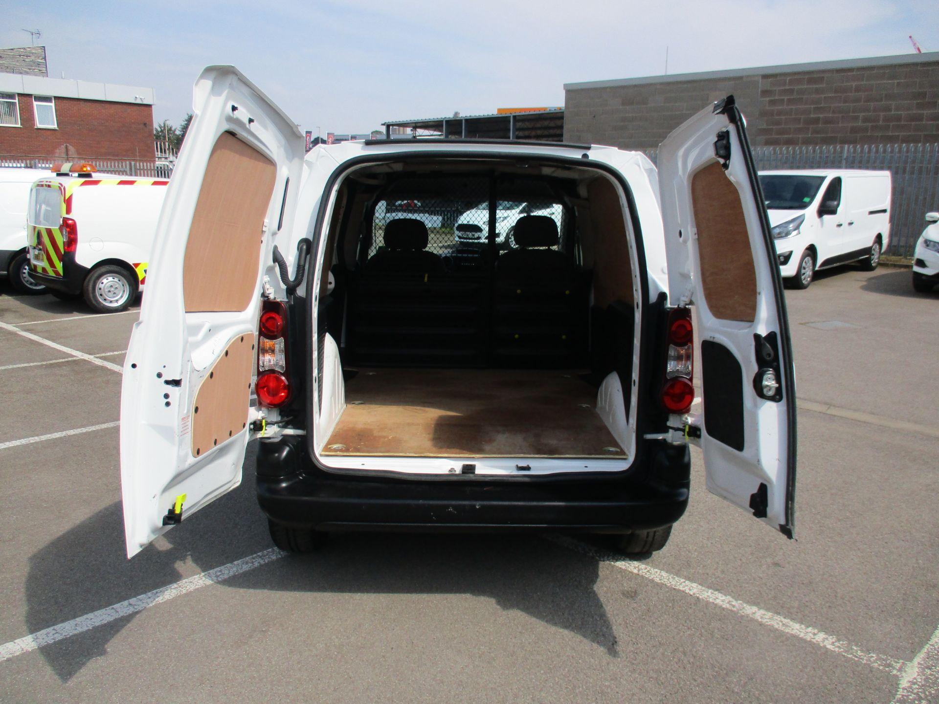 2016 Peugeot Partner 850 S 1.6 Hdi 92 Van [Sld] (NU66AVR) Image 5