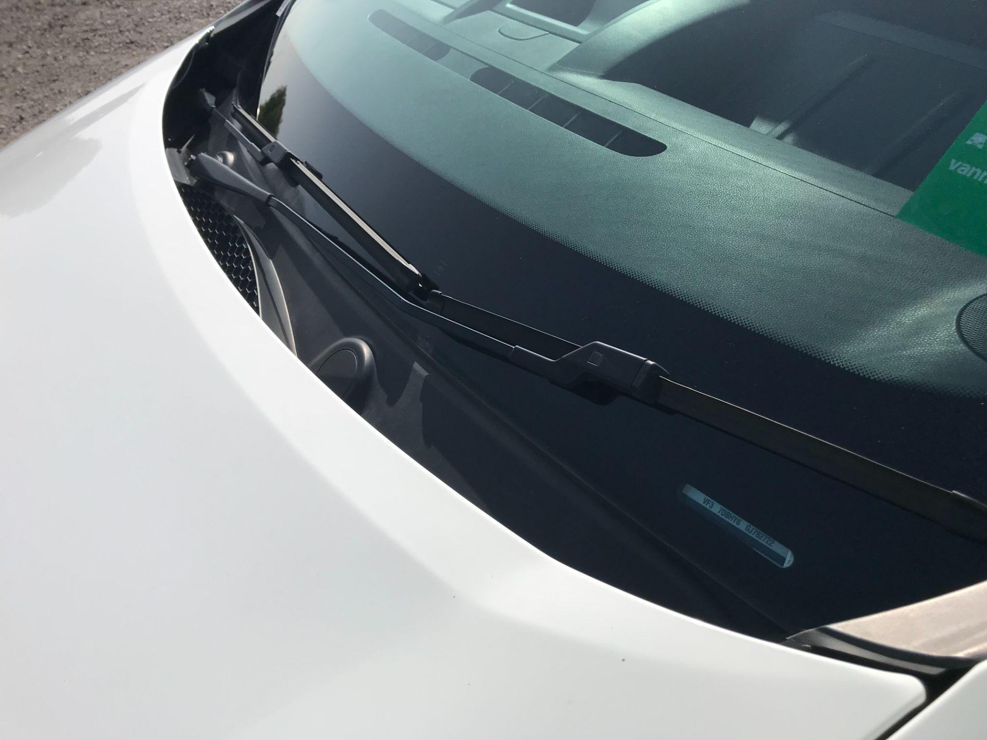 2016 Peugeot Partner 850 1.6 Bluehdi 100 Professional Van [Non Ss] (NU66YBX) Image 31