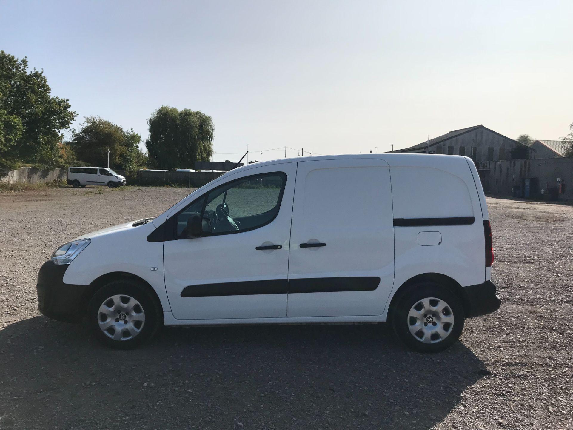2016 Peugeot Partner 850 1.6 Bluehdi 100 Professional Van [Non Ss] (NU66YBX) Image 8