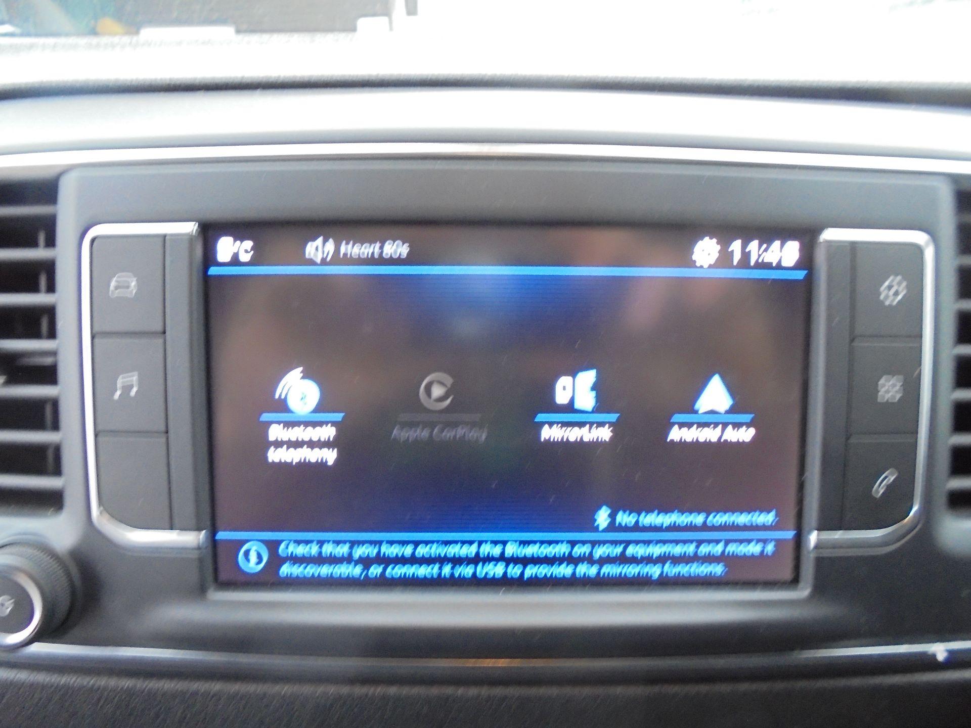 2018 Peugeot Expert 1000 1.6 Bluehdi 95 Professional Van (NU68GWZ) Image 17