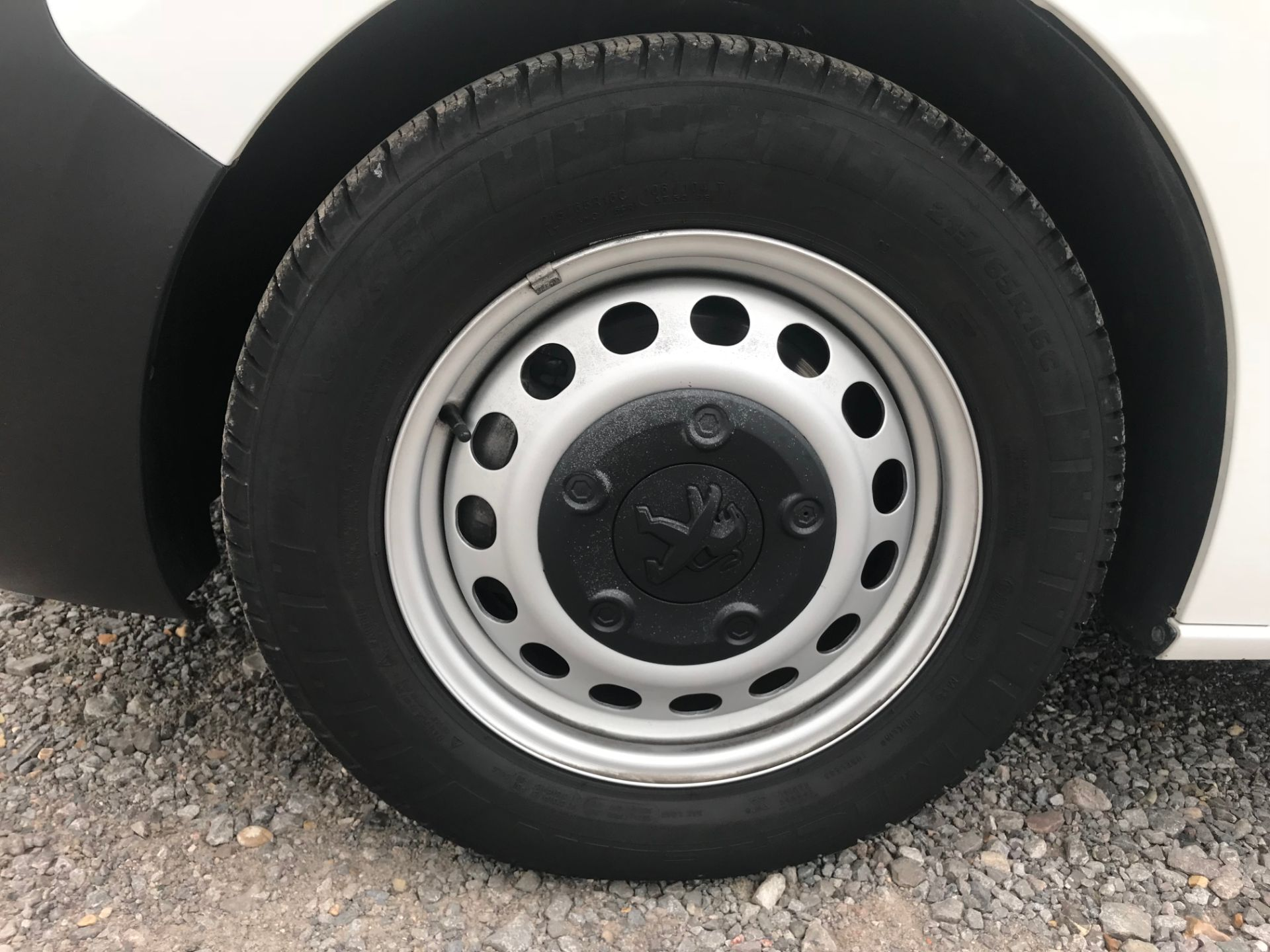 2018 Peugeot Expert 1000 1.6 Bluehdi 95 Professional Van (NU68HBJ) Image 21
