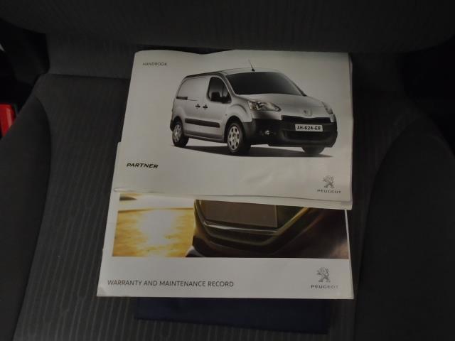 2014 Peugeot Partner L1 850 S 1.6 92PS (SLD) EURO 5 (NV14CWE) Image 26