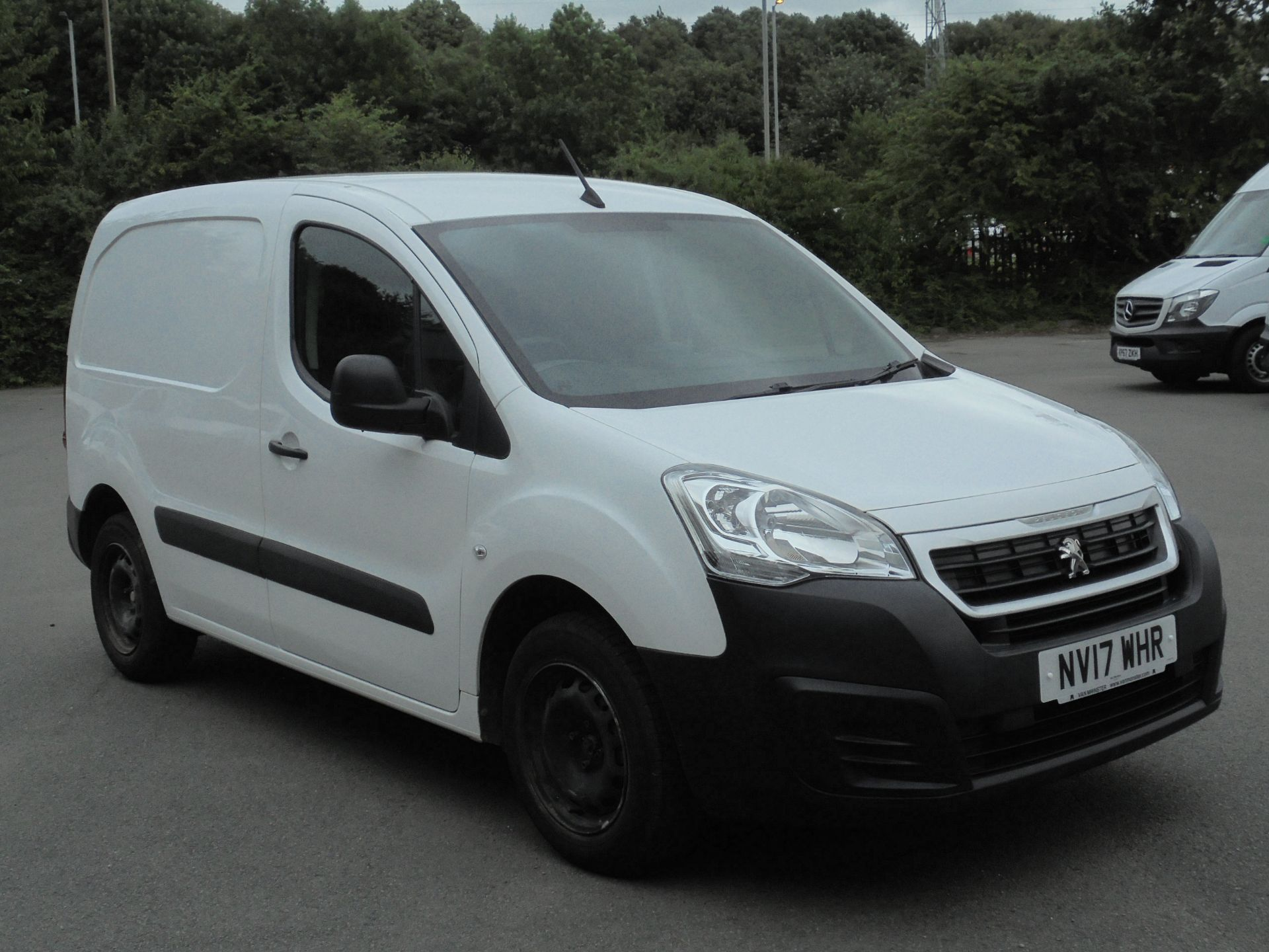 2017 Peugeot Partner 850 1.6 Bluehdi 100 Professional Van [Non Ss] (NV17WHR)