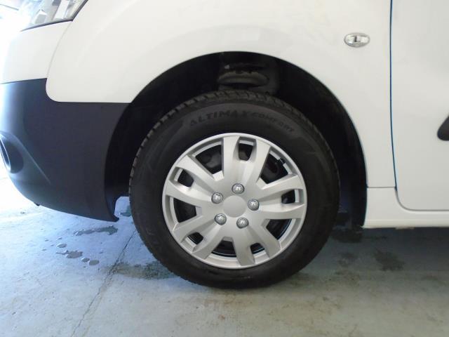 2014 Peugeot Partner L1 850 S 1.6 92PS (SLD) EURO 5 (NX64ZCU) Image 21