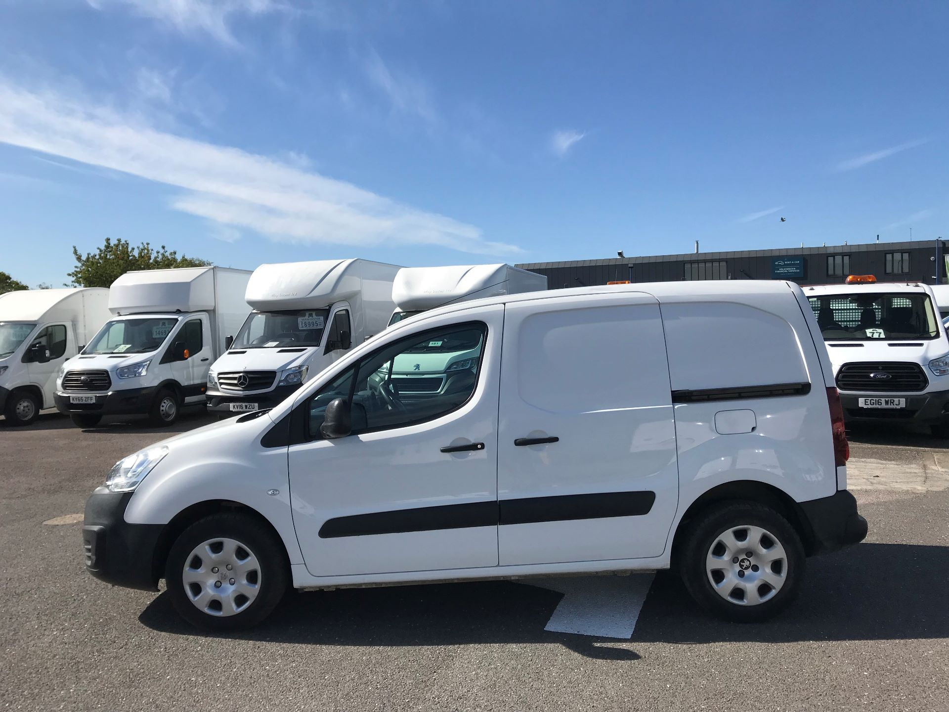 2015 Peugeot Partner  L1 850 1.6 92PS (SLD) EURO 5  (NX65YWY) Image 9