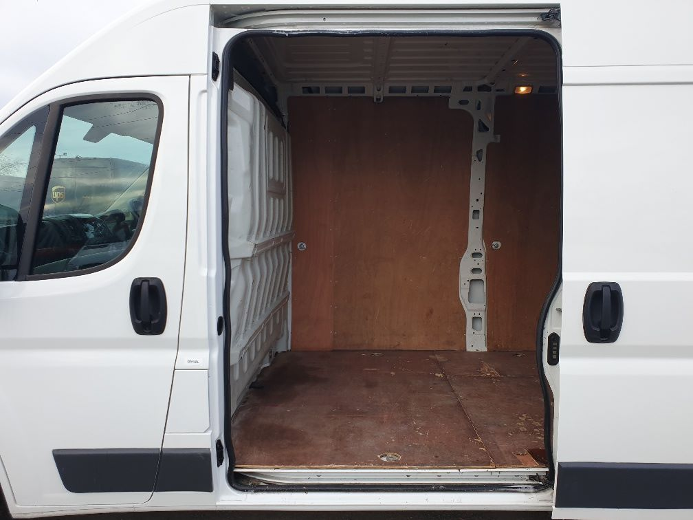 2017 Peugeot Boxer 2.0 Bluehdi H2 Van 130Ps (NX67YVU) Image 7