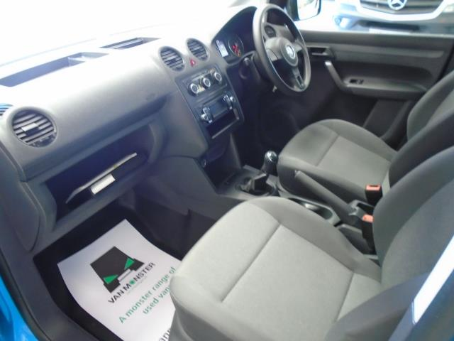 2015 Volkswagen Caddy 1.6 102PS STARTLINE EURO 5 (PK15GNZ) Image 29