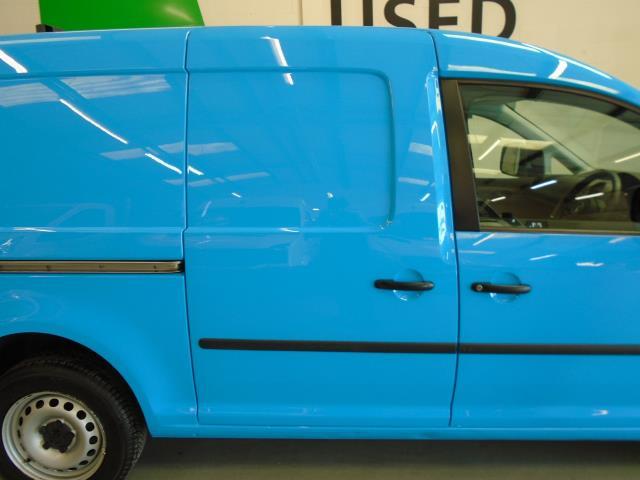 2015 Volkswagen Caddy 1.6 102PS STARTLINE EURO 5 (PK15GNZ) Image 9
