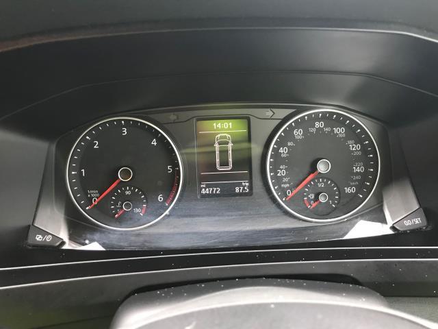 2017 Volkswagen Transporter T28 LWB DIESEL 2.0 TDI BMT 84 STARTLINE VAN EURO 6 (SB67ORW) Image 6