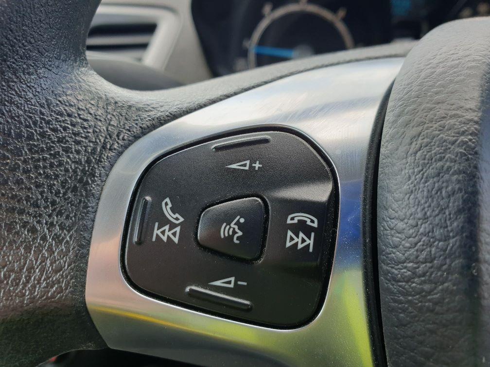 2015 Ford Fiesta DIESEL 1.5 TDCI VAN EURO 5 * SPEED LIMITER SET AT 70MPH * (WN15KCG) Image 17