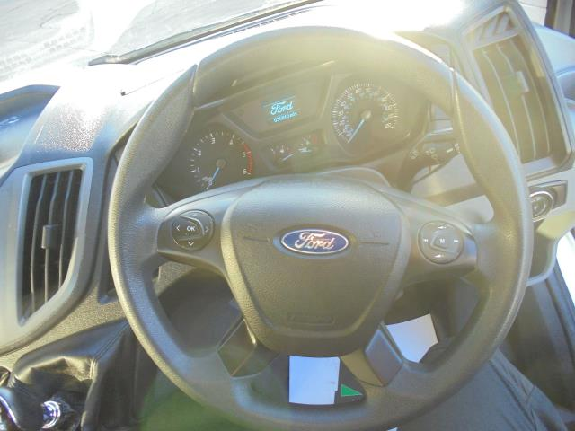 2015 Ford Transit  350 L2 SINGLE CAB TIPPER 125PS EURO 5 (WV65UFY) Image 17