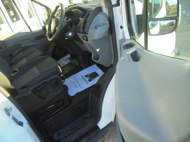 2015 Ford Transit  350 L2 SINGLE CAB TIPPER 125PS EURO 5 (WV65UFY) Image 28