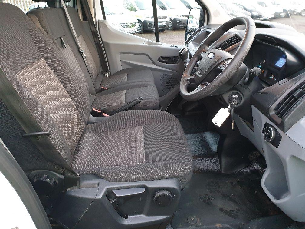 2018 Ford Transit 350 L3 DIESEL RWD 2.0TDCI 130ps D/CAB TIPPER (WX68NNL) Image 16