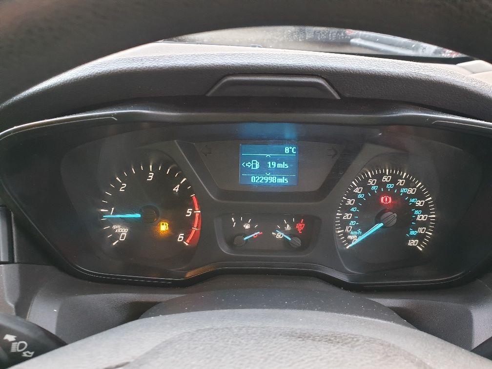 2018 Ford Transit 350 L3 DIESEL RWD 2.0TDCI 130ps D/CAB TIPPER (WX68NNL) Image 22