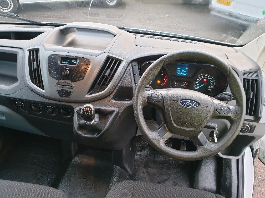 2018 Ford Transit 350 L3 DIESEL RWD 2.0TDCI 130ps D/CAB TIPPER (WX68NNL) Image 17