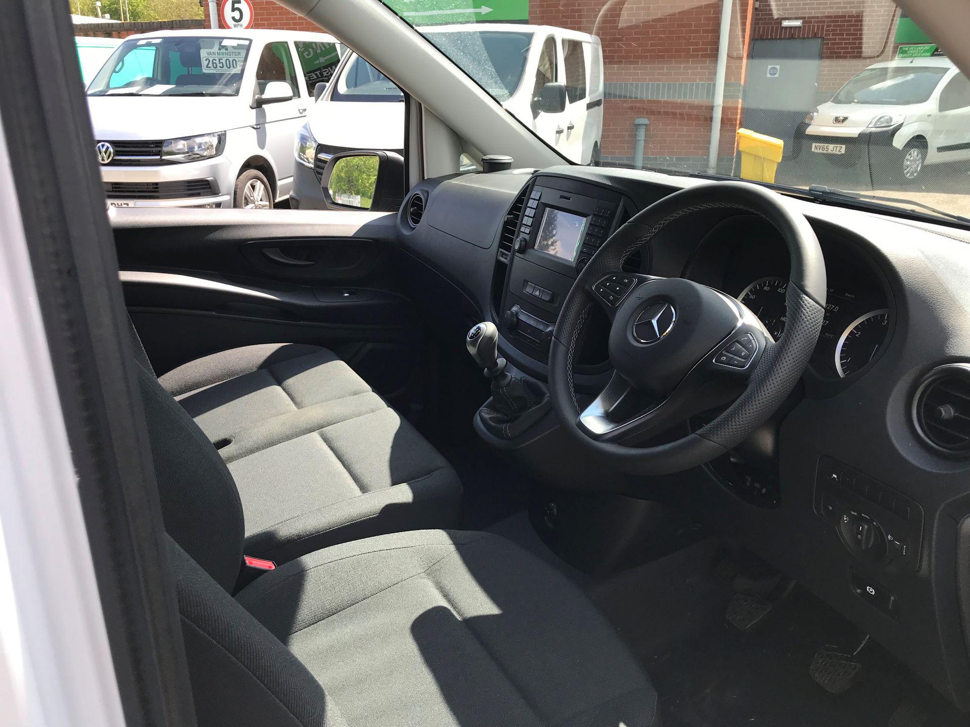 2019 Mercedes-Benz Vito 111Cdi Van Euro 6 Massive specification A/C (YM19FPU) Image 15